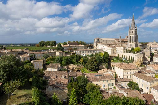 Saint Emilion (Crédit photo : Jordy Meow)